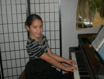 Piano girl, DeLand Florida